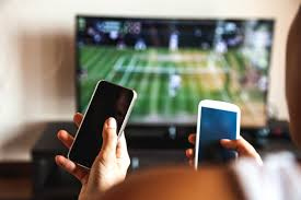 News | Students Ditching TV Sets - And Going Mobile | Andover & Villages